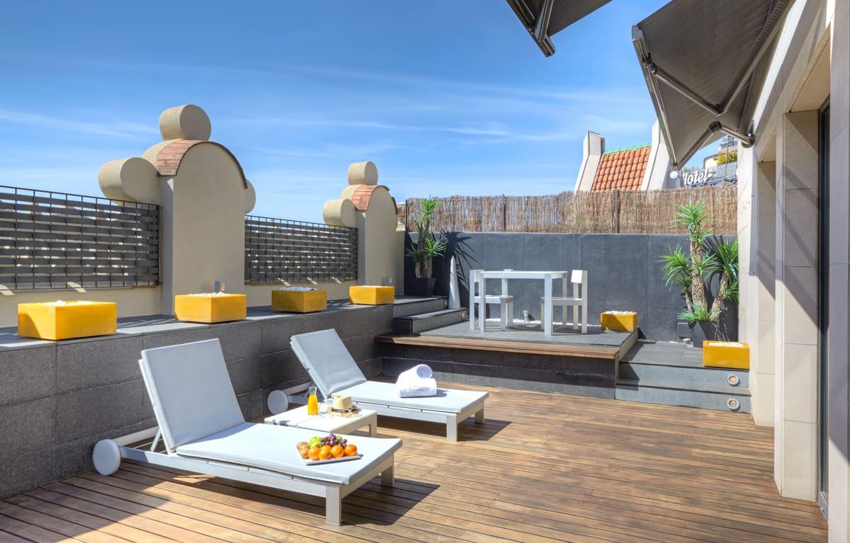 Hotel con terraza en Paseo de Gracia, Barcelona - SIXTY TWO HOTEL